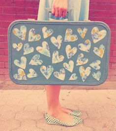 Idea for my red vintage suitcase