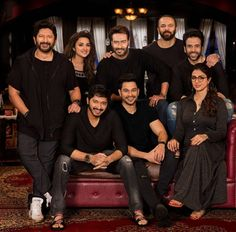 Ajay Devgn Gives A Sneak Peek Of His Golmaal Again Family on Rohit Shetty's Birthday. @filmywave  #AjayDevgn #Golmaal #GolmaalAgain #Golmaal4 #RohitShetty #ArshadWarsi #ParineetiChopra #Tabu #KunalKemmu #ShreyasTalpade #TussharKapoor #NeilNitinMukesh #movie #firstlook #celebrity #movie #film #bollywood #bollywoodactor #bollywoodactress #bollywoodmovie #actor #actress #star #instalike #instacomment #filmywave
