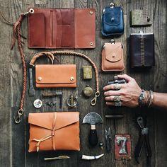 mens accessories – High Fashion For Men Mens Leather Accessories, Fashion Accessories, Leather Pouch, Leather Men, Trekking, Leather Portfolio, Edc Everyday Carry, Edc Gear, Classic Man