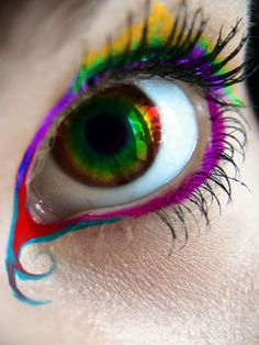 I love this eye shadow!!! It is AWESOME!!!!!!!