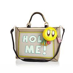 Beige hold me print fun slogan bag £55 #riverisland Cute Purses, Purses And Bags, Satchel, Crossbody Bag, Shopper Tote, Womens Purses, New Outfits, Diaper Bag, Jewelry Accessories