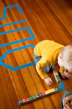 Beginner tracing for toddlers -- with objects