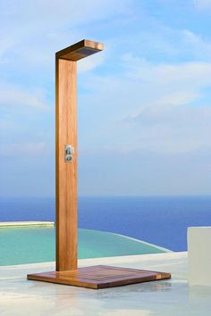 Illustration of Wide Options of Outdoor Shower Fixture