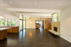 Devastatingly handsome Encino midcentury modern seeks $3.15M - Curbed LAclockmenumore-arrow : On a generously-sized lot, the sprawling house holds a wet bar and cool cerulean wallpaper