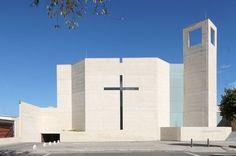 Galería de Parroquia San Norberto / Carlos Campuzano Castelló - 1