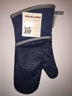 KITCHENAID SILICONE TEXTURED GRIP OVEN MITT BLUE WILLOW