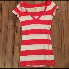 Hollister V-Neck Striped Tee Gentle use. Coral and white stripes. Hollister Tops Tees - Short Sleeve