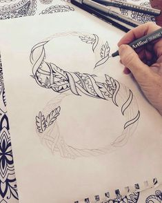 Lettering from pattern work Hand Lettering Fonts, Creative Lettering, Types Of Lettering, Calligraphy Alphabet, Typography Letters, Typography Design, Caligraphy, Penmanship, Schrift Design