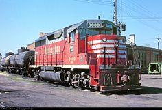 RailPictures.Net Photo: BN 3000 Burlington Northern Railroad EMD GP40 at North La Crosse, Wisconsin by Bill Edgar
