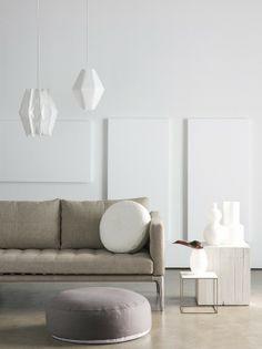 Resin floor, slightly textured Floor Design, House Design, Home Living, Living Room, Home Furniture, Furniture Design, Sofas, Beautiful Interior Design, Clever Design