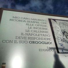 Il grande Eduardo.....( p.zza Cavour - Napoli)