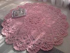 Big handmade cotton crochet carpet, Grande tappeto all'uncinetto di cotone fatto a mano