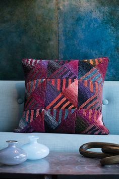 Ravelry: Directional Pillow Cover pattern by Irina Poludnenko Big Pillows, Fall Pillows, Throw Pillows, Knitted Cushions, Knitted Blankets, Knit Pillow, 20x20 Pillow Covers, Pillow Cases, Back Stitch