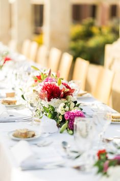 Wedding Centerpieces Blush + Marsala Wedding Flowers Los Angeles Wedding Photography: Images By Inda Wedding Planner: P. Wedding Story, Luxury Wedding, Wedding Centerpieces, Wedding Designs, Event Planning, Floral Arrangements, Wedding Planner, Marie, Fairy Tail