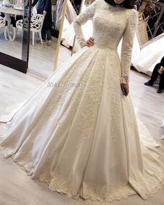 muslim wedding dress in delhi Muslimah Wedding Dress, Muslim Wedding Dresses, Muslim Brides, Wedding Bridesmaid Dresses, Muslim Couples, Rental Wedding Dresses, Dream Wedding Dresses, Wedding Gowns, Wedding Hijab