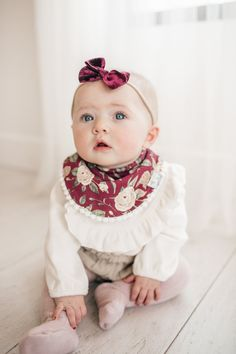 Baby Fashion Bibs Scarlet - Paisley Baby Name - Ideas of Paisley Baby Name - Baby Fashion Bibs Scarlet Baby Girl Names, Cute Baby Girl, Baby Love, Cute Babies, Little Girl Fashion, Kids Fashion, Unique Baby Gifts, Baby Gift Sets, Stylish Baby