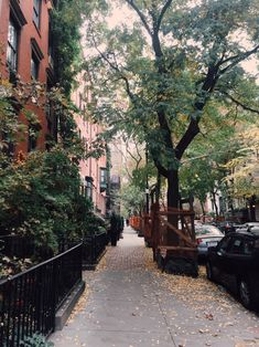 New York City Feelings - West 10th Street via newyorkexplorer