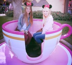 Must go to Disney with best friend!!!