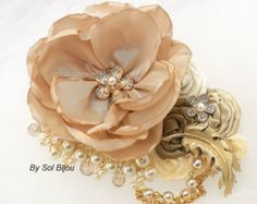 Gold Hair Clip, Tan, Beige, Champagne, Ivory, Fascinator, Wedding Clip, Vintage Wedding, Gatsby, Maid of Honor, Brooch, Pearls, Crystals