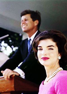 John and Jackie Kennedy <3