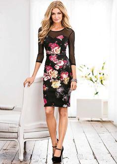 Vestido floral com detalhe em tule