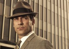 New season of mad Men starts March 25th!