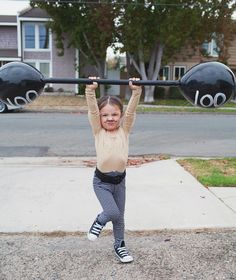 Gewichtsheber - lustiges Zirkus Kostüm für Kinder zum Selbermachen