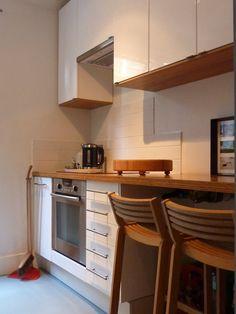 Warner flat kitchen