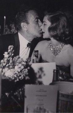 Humphrey Bogart  and Lauren Bacall >