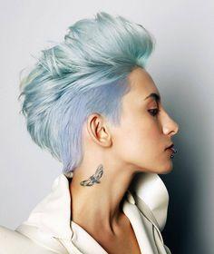 "Polubienia: 1,304, komentarze: 11 – Short hair isn't just for boys (@hashtagpixiecuts) na Instagramie: ""#pixiecuts ・・・ Colour: @victor.nadolsky Photo: @maratmukhonkin Hair: @anna_galstyn Stylist:…"""
