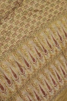 Details From our exclusive collection of Banarasi Craftsmen It is a Master piece, this is... contact us on+917710801701/+917738869115 website www.luxurionworld.com #pastel #banarasisaree #jamabar #puresilk #tanchuisaree #handloomsaree #exclusive #designesareer #occasionwear #festivewear #indianfashion #sareecollection #sareeonline #luxurionworld.