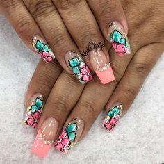 ❥♚ Love Nails, Pretty Nails, My Nails, Flower Nail Designs, Nail Art Designs, Toe Designs, Airbrush Nails, Baroque Fashion, Hand Designs
