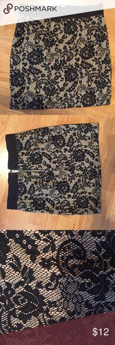 NWT H&M Skirt Zip back, elastic waist nude and black lace mini skirt H&M Skirts Mini