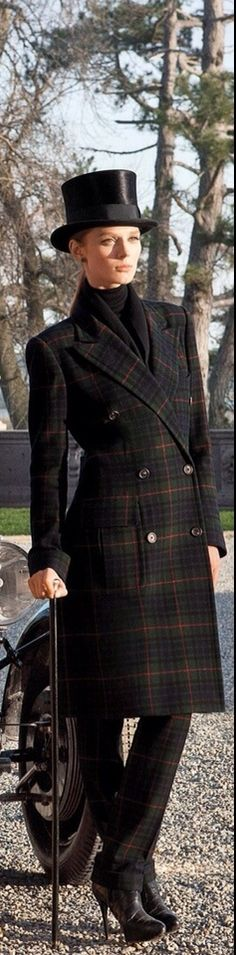 Tartan double breasted wool overcoat. Love the coat  and the pants / can do without the hat !!!  VERY CLASSY !