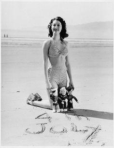 4th of July ~ Ava Gardner, 1940's.