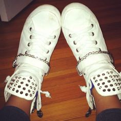 Ahhhhhhhhh omg I just died!!!!! Need these!!
