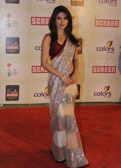 Priyanka chopra at Annual Colors Screen Awards. Priyanka Chopra Saree, Manish Malhotra Saree, Indian Attire, Indian Ethnic Wear, Ethnic Style, Indian Style, Indian Dresses, Indian Outfits, Indian Clothes