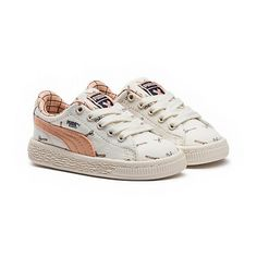 <p>Sleek and streamlined, the PUMA Basket originally hit the scene in the '60s as a basketball warm-up shoe, but it was quickly adopted by the hip hop crowd and transformed into a pop culture icon. PUMA pairs with tinycottons to create a classic, canvas silhouette made entirely with Pima cotton, just for your little one.</p><p>Features</p><ul><li>Pima cotton; Textile</li><li>Lace closure for snug fit</li><li>tinycottons all-over graphic</li><li>Rubber outsole for grip</li><li>PUMA…