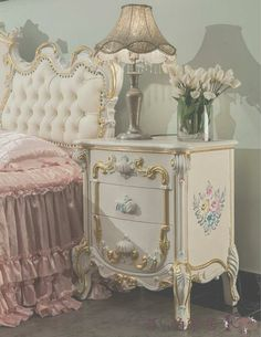 Ideas Classic Furniture Design Victorian Home Victorian Furniture, Shabby Chic Furniture, Shabby Chic Decor, Rustic Furniture, Furniture Design, Vintage Furniture, Italian Furniture, French Furniture, Modern Furniture
