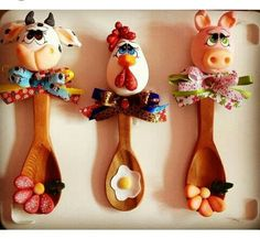 manualidades en porcelanicron cucharas - Buscar con Google Polymer Clay Sculptures, Polymer Clay Animals, Fimo Clay, Polymer Clay Art, Ceramic Clay, Polymer Project, Polymer Clay Projects, Clay Crafts, Diy And Crafts