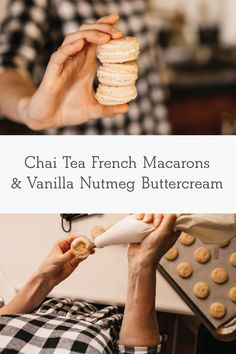 Delicious chai buttercream macarons by Madison Hoecker - perfect for your holiday tray. Vanilla Macarons, Vanilla Chai, Vanilla Buttercream, Christmas Cookies Gift, Christmas Deserts, Macaron Template, Macaron Recipe, Macaron Flavors, Blackberry Syrup
