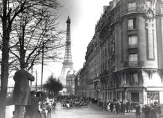 24 Vintage Pictures Of Paris Life In The 1920s