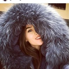 Now that's what we call a hood @gracegaler #luxuryfashion #luxurylife #skijackets #parka #fur #fashionblogger #fashionblog