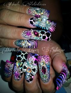 purpletastic with rad patterns Crazy Nail Art, Crazy Nails, Fancy Nails, Bling Nails, Love Nails, Beautiful Nail Designs, Beautiful Nail Art, Pretty Nail Colors, Pretty Nails