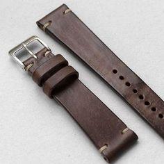 custom leather watch strap. オーダーいただいたウォッチストラップついに完成前に作ったウォレットと同じ素材使うほどに色艶が増すので時計を引き立てる名脇役になってくれるハズ それにしてもこのウォッチストラップ作りの世界初めて足を踏み入れたけどとてつもなく奥が深そう慎重に行かないと #watchstraps #watchband #leathergoods #leathercraft #handmade #handcrafted by grandtide Bracelet Cuir, Bracelet Watch, Apple Watch, Watch Belt, Pulsar, Leather Watch Bands, Beautiful Watches, Custom Leather, Leather Working