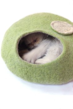 Cat cave/Cat bed/Cat house/Cat vessel Handmade from by Grazim, $55.00