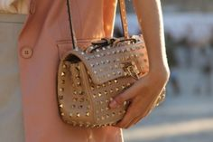 Studded Tan Purse- starting to like the owies haha Valentino Bags, Tan Purse, Studded Purse, Designer Shoulder Bags, Rocker Chic, Classy And Fabulous, Gold Studs, Purses And Handbags, Studded Bag