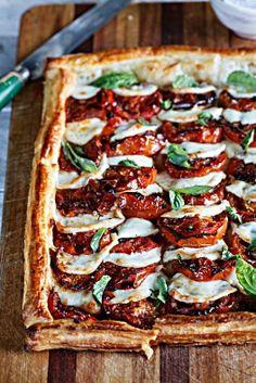 | Tortina salate con #mozzarella #biologica e pomodorini |