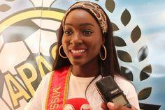 """Miss Angola Luísa Baptista leva alegria as crianças: """"ver alegria delas ao receber os presentes me faz ganhar o ano"""" https://angorussia.com/entretenimento/famosos-celebridades/miss-angola-luisa-baptista-leva-alegria-as-criancas-ver-alegria-delas-ao-receber-os-presentes-me-ganhar-ano/"""