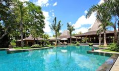 Redefine your perception of the perfect holiday with the finest villas Bali has to offer.